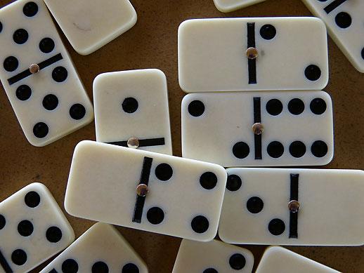 dominos jeux